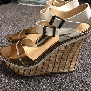 Shoes - Simple Cute Wedges